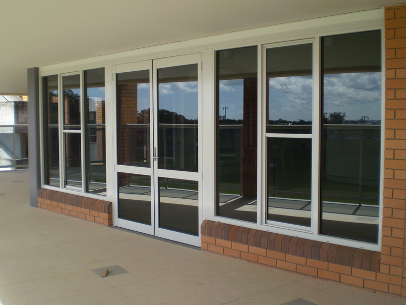 Commercial advance metal industries australia for Commercial windows