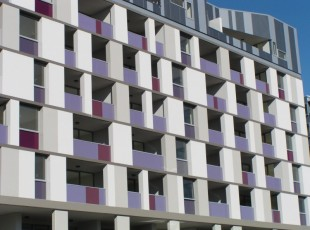 Aluminium Balustrades encompasing 3-coloured laminated 'Seraphic Glass'