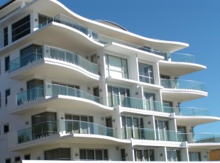 Glass Balustrades and Handrails The Harriot AMIA Coffs Harbour 2